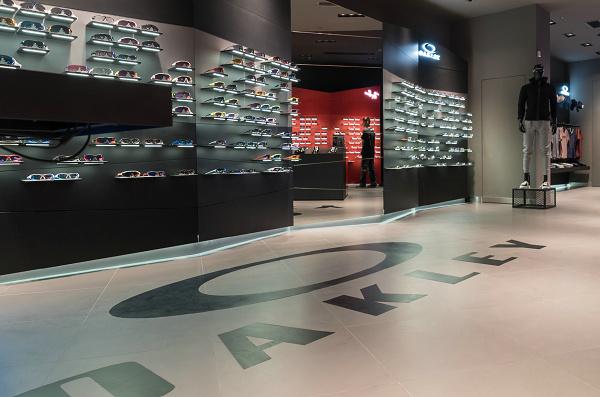 泉州 Oakley 奥克利眼镜专卖店、门店