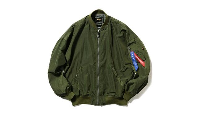 Alpha Industries x BEAMS LIGHTS 联乘打造 MA-1 飞行夹克,两款配色可供选择