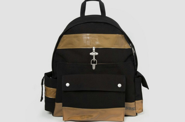 设计师Raf Simons x 美国EASTPAK联名背包开售