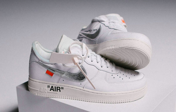 OFF-WHITE x Air Force 1联名鞋款真假辨别1.jpg