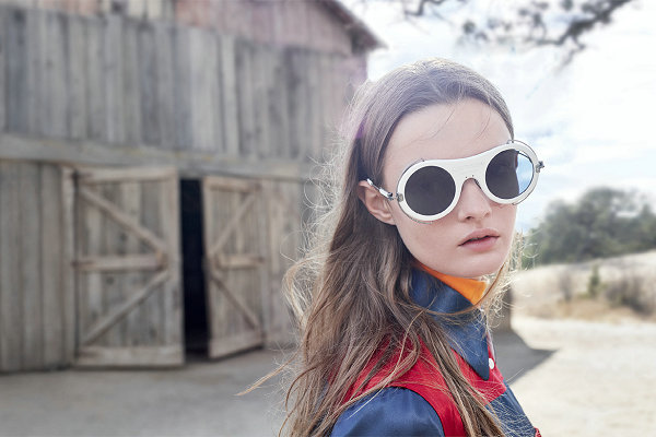 Calvin Klein x Marchon Eyewear 2018 联名眼镜重塑系列释出,Raf Simons 亲自设计~
