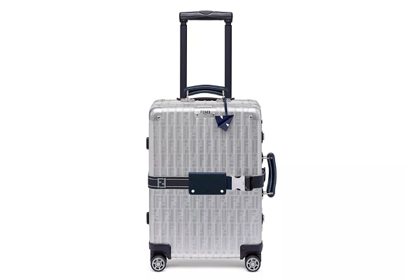 FENDI x RIMOWA联名行李箱正式推出,细节设计惊艳!