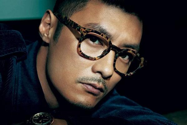 潮流眼镜怎么搭配更好看?掌握以脸型配眼镜,远离吃藕!