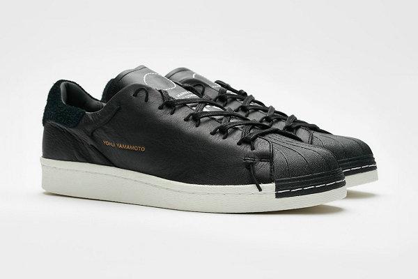 adidas Y-3 新版升级 Superknot 「贝壳头」鞋款登场,正式发售