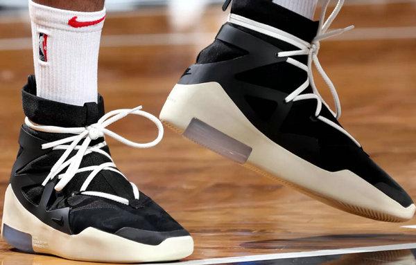 Nike Air Fear of God 联名鞋款未发售即已实战?PJ Tucker不愧鞋王!