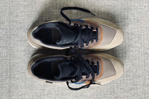 KITH x nonnative x 新百伦三方联名 997 鞋款.jpg