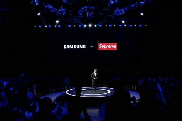 Supreme 与 Samsung 联名了?但这个Supreme并不是你熟悉的那个!