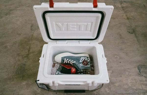 KITH x 可口可乐 x 匡威联名球鞋鞋盒-2.jpg