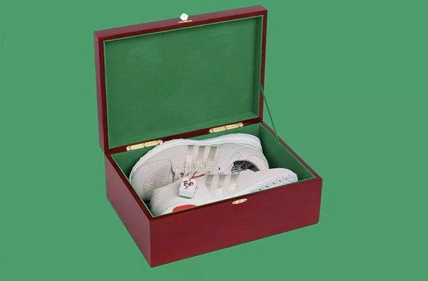 adidas 鸡年 CNY 球鞋鞋盒-2.jpg