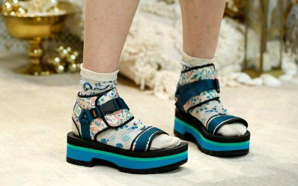 凉鞋品牌 Teva x Anna Sui 2019 联名凉鞋系列现已上市