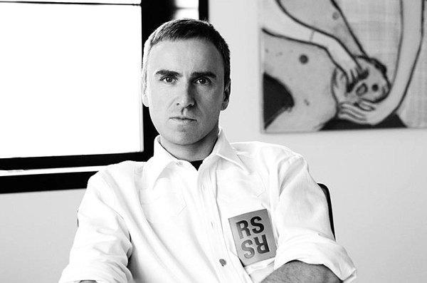 "Raf Simons""背叛""CK?高级时装设计师拉夫·西蒙的黑白历史"
