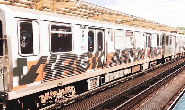 Virgil Abloh 为芝加哥轻轨打造全新涂鸦设计,橙色风为主打~