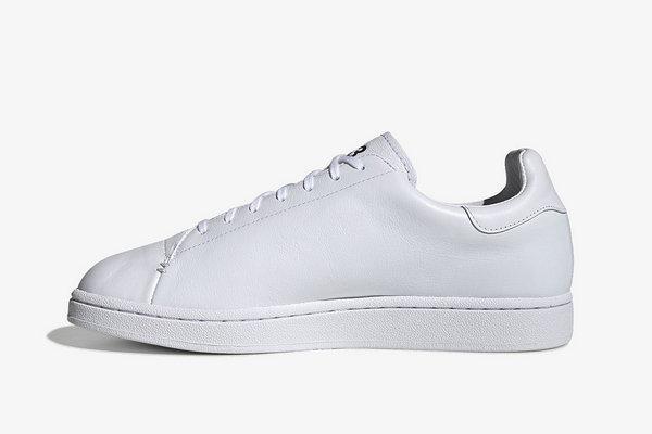 """Y-3 全新""""Stan Smith""""小白鞋发售在即,刺绣穿孔设计~"""