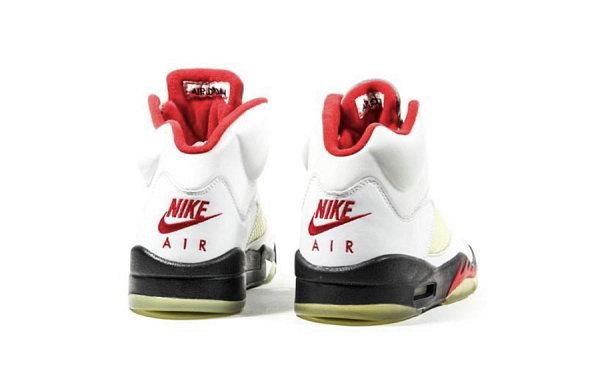 """Air Jordan 5 鞋款""""Fied Red""""红白配色将于 2020 年复刻回归"""