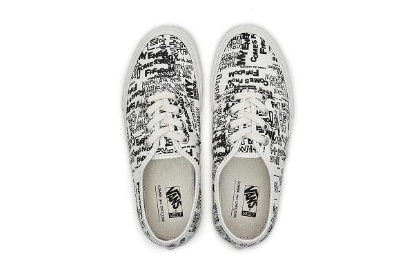 川久保玲 CDG x Vans 2019 联名 Authentic 鞋款白色版本.jpg