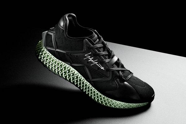 山本耀司Y-3 x 阿迪达斯全新联名 Runner 4D 运动鞋释出