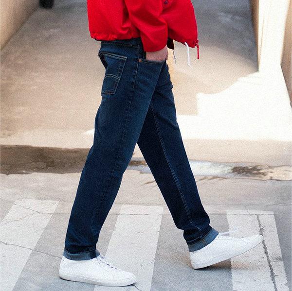 李维斯牛仔裤.jpg