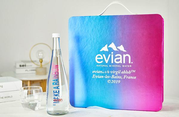 Virgil Abloh 别注版 Evian 依云腰包及玻璃瓶套装抢先预览
