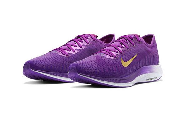 Nike Zoom Pegasus Turbo 2 特殊紫配色鞋款.jpg