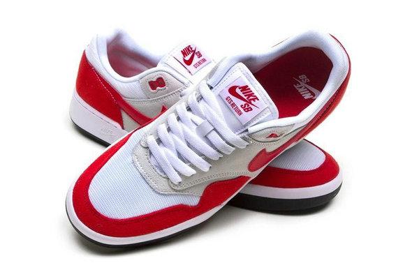 """耐克 SB GTS 全新""""Sport Red""""配色网球鞋上架,元祖方案移植"""