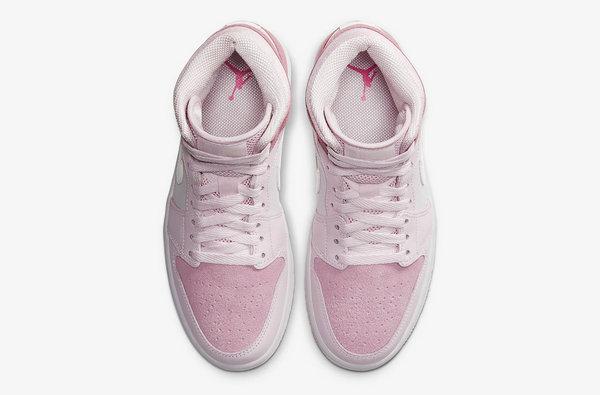 AJ1 Mid 女生专属樱花粉配色鞋款释出,甜美又不失仙气