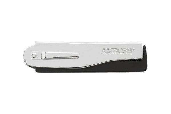AMBUSH 2020 新款 Logo 折叠短梳亮相,风格型男必备