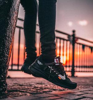 黑色耐克鞋款.jpg