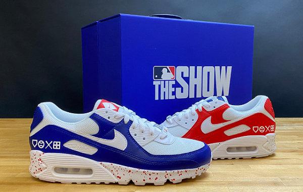 索尼 x Nike 联名 Air Max 90 鞋款释出,超限量 50 双