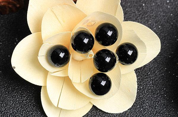 黑色珠子手链是什么珠.jpg