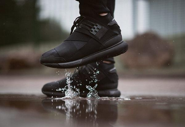 黑武士y3球鞋.jpg