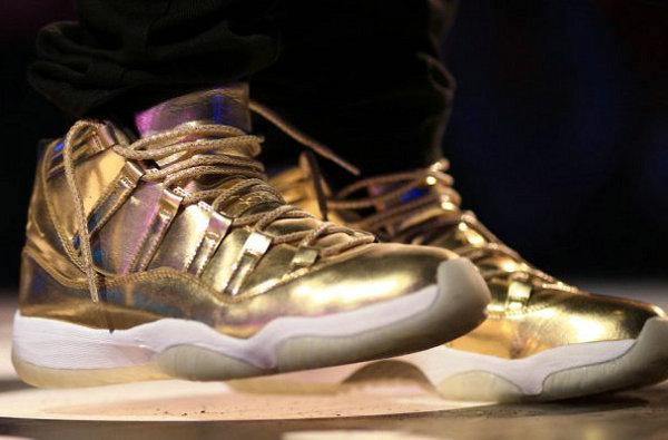 """土豪金 Air Jordan 11""""Usher""""专属鞋款赏析,奢华金色外观"""