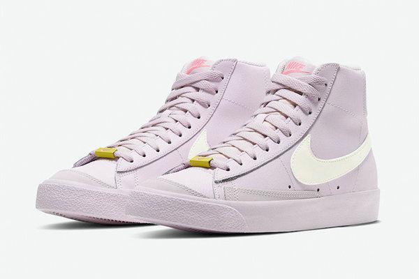 淡粉色 Nike Blazer Mid '77 鞋款海外登陆,满满少女感