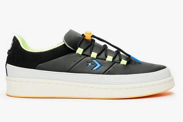 匡威全新 Pro Leather Ox 鞋款即将上架,黑、白双色