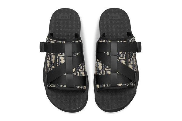 迪奥全新 Oblique 印花拖鞋上架发售,机能风满满