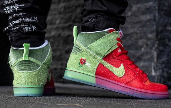 """Nike Dunk SB""""咳嗽草莓""""鞋款上脚图公布,冲击力强劲"""