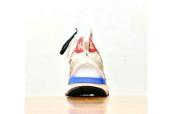 Sacai x 耐克联名 Vaporwaffle 米白蓝鞋款-1.jpg