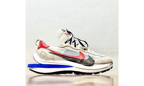 Sacai x 耐克联名 Vaporwaffle 米白蓝鞋款-2.jpg