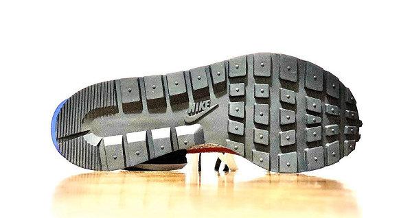 Sacai x 耐克联名 Vaporwaffle 米白蓝鞋款-3.jpg