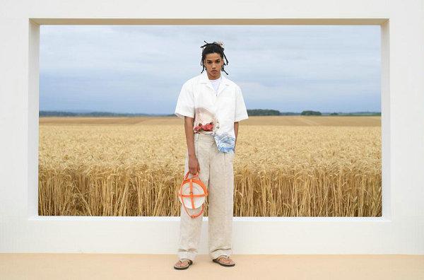 Jacquemus 2021 春夏系列于巴黎首秀,慵懒的南法气质