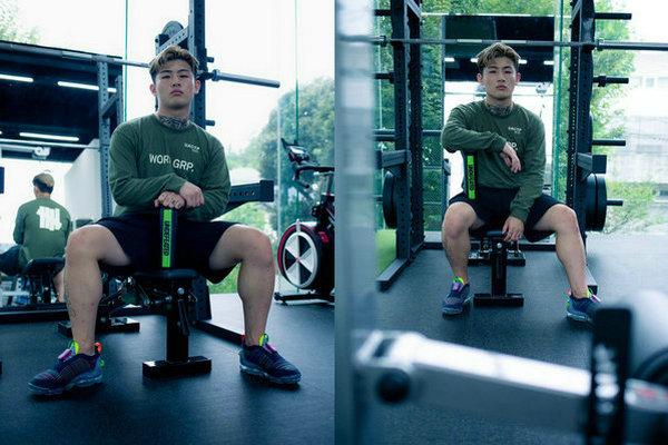 星巴克 x UNDEFEATED 全新联名运动健身系列即将上架