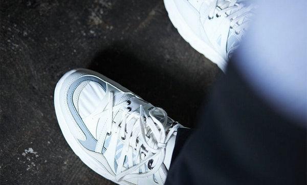 白山 x UGG 全新联名系列鞋款0.jpg