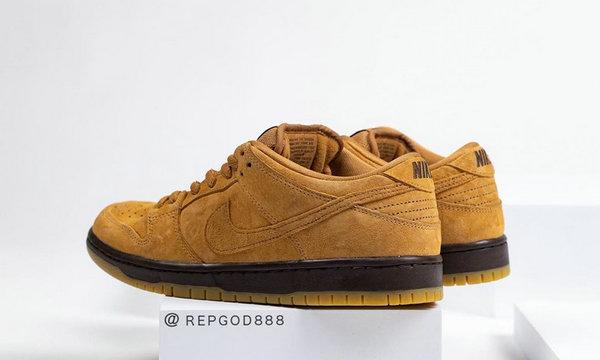 小麦配色 Nike SB Dunk Low 鞋款首次曝光,复古气质