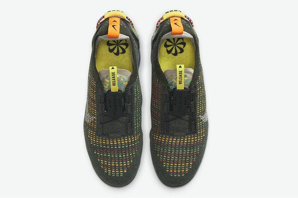 VaporMax 2020 全新墨绿黄配色鞋款曝光,复古气息十足