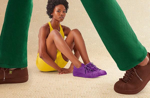 菲董 x Adidas 联名 Superstar PK 鞋款系列上市,鲜艳纯色