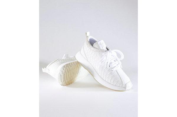 GZ 全新 Ferox 鳄鱼皮鞋款系列释出,黑/白两色