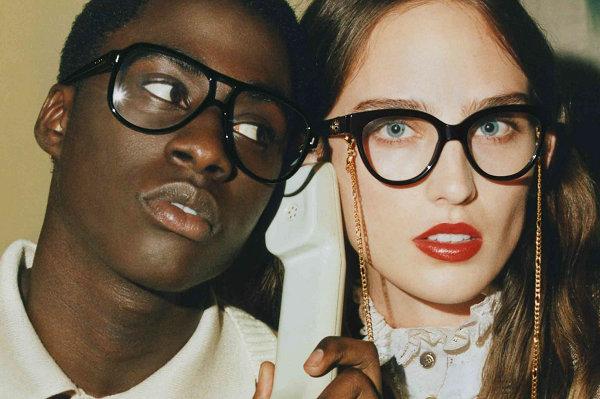 Gucci 古驰 2021 秋冬眼镜广告大片出炉,跨时空对话