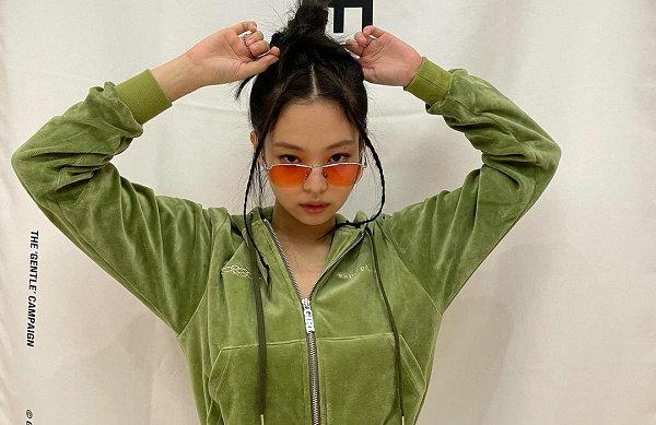 "Gentle Monster 全新""Compaign""眼镜系列登场,JENNIE 同款"
