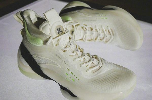 安踏 KT7 篮球鞋多款新色曝光,哪款是你的菜?