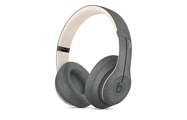 Beats x A-COLD-WALL* 全新联名头戴式耳机上架